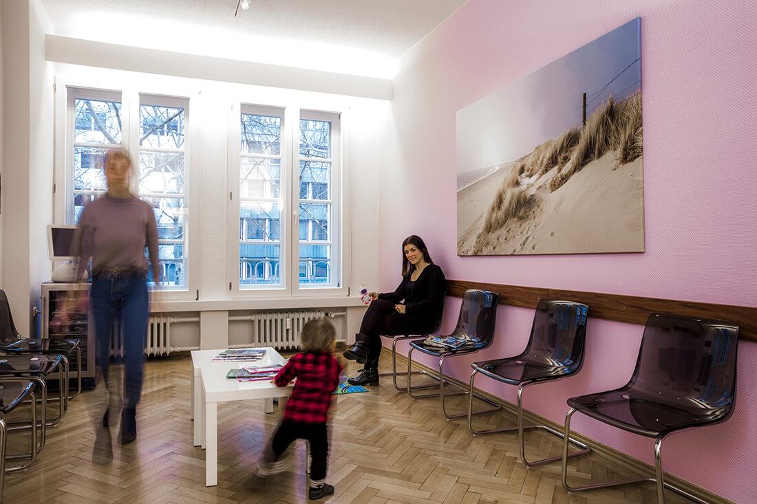 Frauenärztin Köln Innenstadt - Dr. Behrendt-Faulhaber - das Wartezimmer unserer Praxis