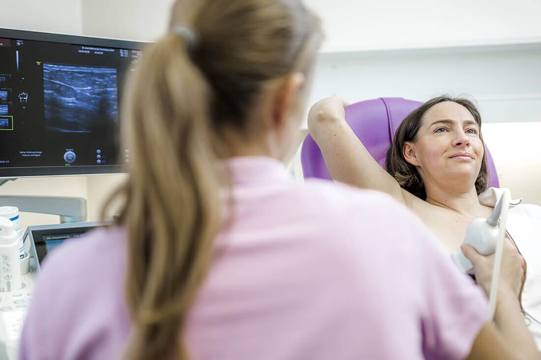 Frauenärztin Köln Innenstadt - Dr. Behrendt-Faulhaber - Leistungen - Mammasonographie